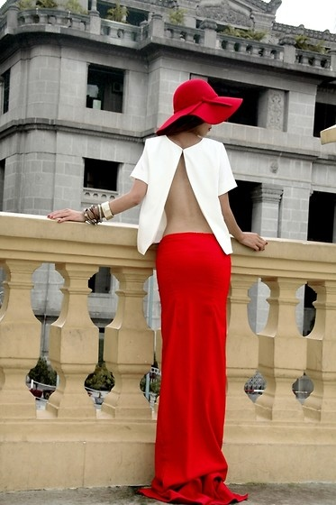 Red_long_jersey_skirt