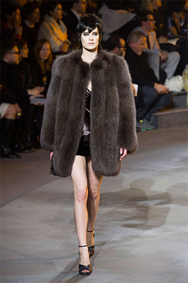 Marc-Jacobs-Fall_2013 chubbie fur