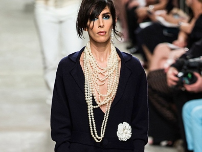 chanel-resort2014-runway-03_113351492040