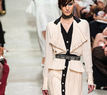 chanel-resort2014-runway-43_113431550804
