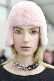 Chanel_2014_autumn_winter)fur_cap