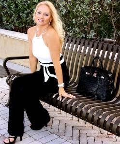 Jacqueline_Jax_Black_and_white_luna_halter_top